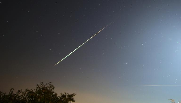Внебе над Омском промчится метеорный поток