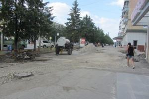 В Каменске-Уральском продолжается ремонт тротуаров