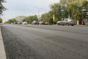 Благодаря хорошей погоде, в Каменске-Уральском благополучно завершается ремонт дорог