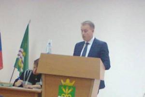 Главой Каменского района вновь избрали Сергея Белоусова. Все решил один голос. Подробности выборов