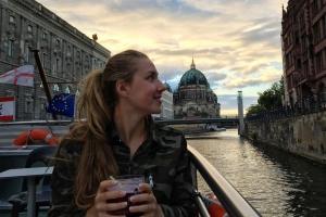Дарья Устинова из Каменска-Уральского завоевала золото на втором этапе Кубка мира по плаванию в Берлине
