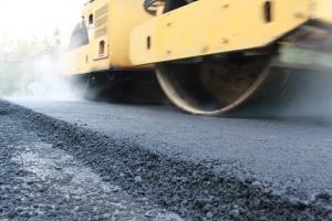Через месяц должно завершиться строительство подъезда к селу Черемхово под Каменском-Уральском