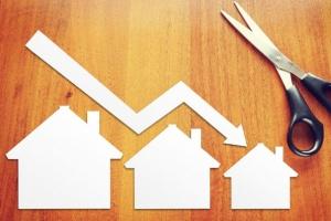 За год с небольшим жилье в Каменске-Уральском подешевело почти на 18 процентов, в среднем по области – на 35