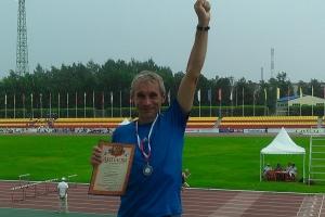 Восемь медалей завоевали спортсмены из Каменска-Уральского на чемпионате России по легкой атлетике среди ветеранов