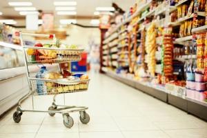 Почти семь десятков магазинов и гипермаркетов в этом году проверили сотрудники Роспотребнадзора Каменска-Уральского