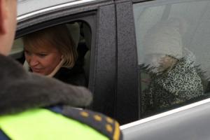 За полтора часа сегодня утром в Каменске-Уральском выявили почти четыре десятка нарушений при перевозке детей в автотранспорте