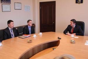 Глава Каменска-Уральского встретился сегодня с участниками восхождения на Эльбрус
