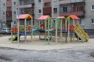 В Каменске-Уральском завершен технический осмотр детских игровых комплексов