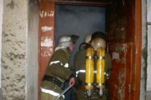 В Каменске-Уральском вчера вечером во время пожара пострадал ребенок. 9-летняя девочка отравилась угарным газом, когда тушила коляску