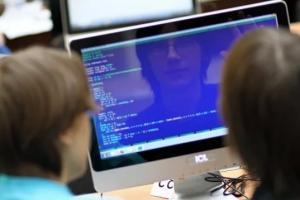 В Каменске-Уральском определили лучших программистов среди школьников