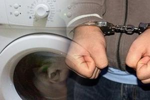 Житель Каменска-Уральского подозревается в краже стиральной машины у своей соседки