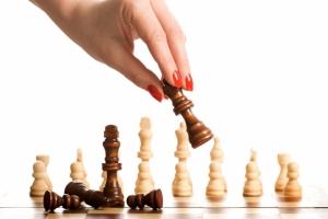 Представительницы Каменска-Уральского остаются в шаге от медальных позиций в чемпионате УрФО по шахматам среди женщин