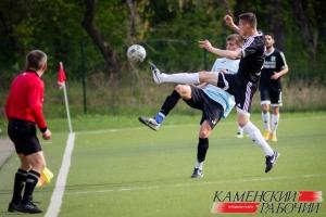 Футбольная «Синара» одержала крупную победу и вышла на второе место в областном чемпионате