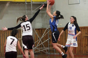Студенты Каменска-Уральского определили сильнейшие баскетбольные команды города
