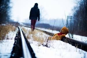 В Каменске-Уральском завели административные дела на двух подростков, которые переходили железную дорогу в неустановленном месте