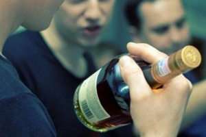 В Каменске-Уральском опять ищут похитителей спиртного. На этот раз украли коньяк