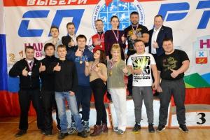Восемь медалей на первенстве Свердловской области по пауэрлифтингу завоевали представители Каменска-Уральского