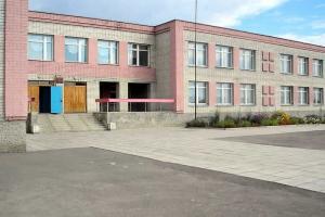 В школе села Покровское, что под Каменском-Уральским, к началу следующего учебного года планируют учиться в одну смену