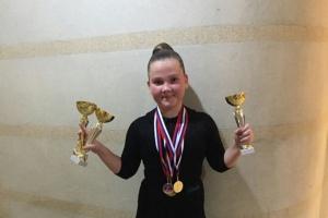 Юные танцовщицы из Каменска-Уральского за два дня выиграли семь кубков на престижных турнирах