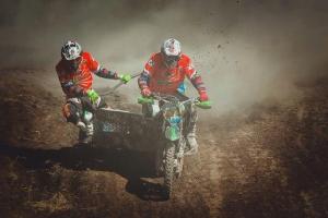 Представители Каменска-Уральского остаются в призерах чемпионата России по мотокроссу на мотоциклах с коляской