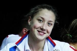 Дарья Устинова из Каменска-Уральского установила личный рекорд на чемпионате мира по плаванию в день рождения своего первого тренера