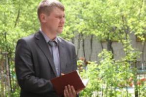 Депутат думы Каменска-Уральского Денис Чебурин проинспектировал дворы, которые находятся на территории его округа