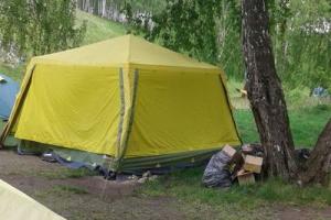 Прокуратура обнаружила под Каменском-Уральским два «подпольных» детских палаточных лагеря. Фотоподробности с места событий