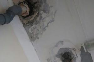 В больнице №7 Каменска-Уральского кабинет подтопило после ремонта