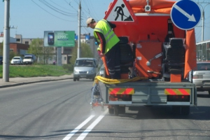 Горизонтальную и вертикальную разметку на дорогах Каменска-Уральского планируют нанести в июне