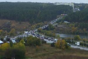 Из-за двух аварий в Каменске-Уральском возникла пробка в районе Байновского моста