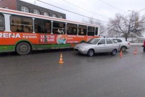 В Каменске-Уральском ищут свидетелей ДТП, в котором пострадали три человека, в том числе двое детей