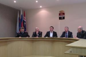 Депутаты думы Каменска-Уральского определят список дорог для ремонта в 2018 году. Какие варианты предложены