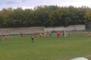 Футбольная «Синара» из Каменска-Уральского крупно выиграла у «Ураласбеста» в чемпионате области