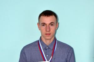 Студент из Каменска-Уральского Денис Писарев стал лучшим молодым механизатором области