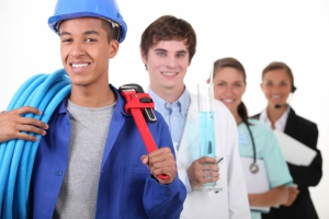 В Центре занятости Каменска-Уральского предлагают пройти обучения по востребованным профессиям. Для каких конкретно предприятия и учреждений будут готовить кадры