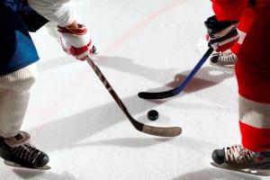 «Темп» уверено лидирует в первенстве Каменска-Уральского по хоккею среди ветеранов