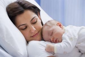 Мамам Каменска-Уральского напомнили, как оформить ежемесячное пособие в связи с рождением первого ребенка