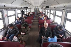 В связи со сложными погодными условиями отменяется на один день сбор за оформление билетов в свердловских электричках