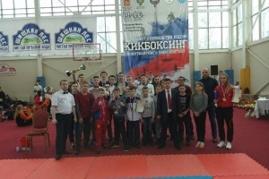 Шесть медалей завоевали спортсмены из Каменска-Уральского на чемпионате России по кикбоксингу