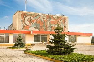 В Каменске-Уральском затопило дворец культуры «Металлург». Здание осталось без горячей и холодной воды