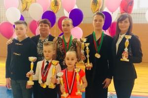 С очередными победами вернулись домой с престижных турниров танцоры из Каменска-Уральского