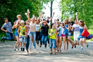 В Каменске-Уральском опубликованы списки детей, получившие путевки в лагеря отдыха. Даты смен