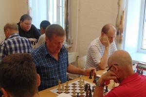 В Каменске-Уральском прошел чемпионат города по молниеносным шахматам. Лучший – Евгений Фролов