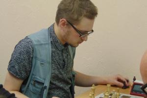 Александр Сапожников стал победителем очередного шахматного турнира в Каменске-Уральском