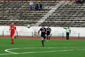 Сегодня футбольная «Синара» из Каменска-Уральского выиграла матч чемпионата области в Асбесте