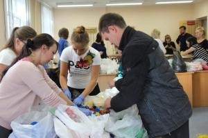 В Каменске-Уральском прошел чемпионат по сортировке пластиковых крышечек
