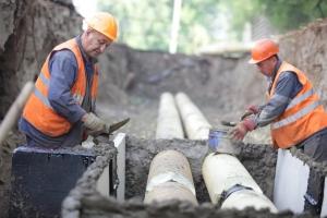 В поселке Мартюш, что под Каменском-Уральским, успешно продолжается ремонт теплосетей