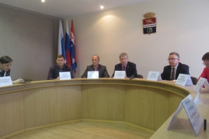 Что успели сделать в этом году в Каменске-Уральском обсудили на заседании общественной комиссию по формированию комфортной городской среды