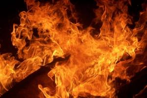 Ночью 19 октября под Каменском-Уральским горел частный дом в поселке Мартюш, что под Каменском-Уральским