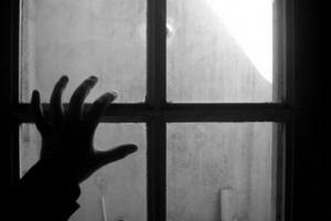 Освободившийся из колонии в Каменске-Уральском рецидивист уже через полторы недели совершил новое преступление… в психдиспансере